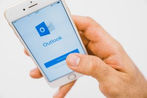 transferir e-mails outlook